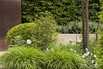 Chelsea Flower Show 2013, Laurent Perrier garden, Designer Ulf Nordfjell. Gold award